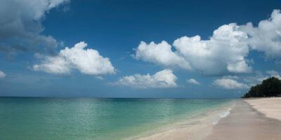 059 - Beach
